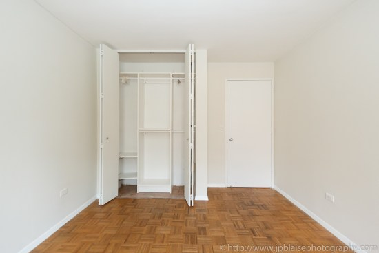 Apartment photographer new york one bedroom battery park city with balcony nyc closet