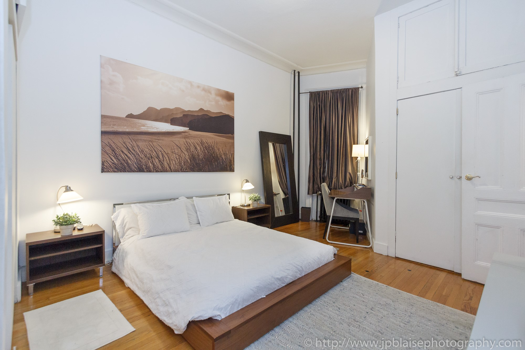 NYC apartment photographer work: Large two bedroom unit