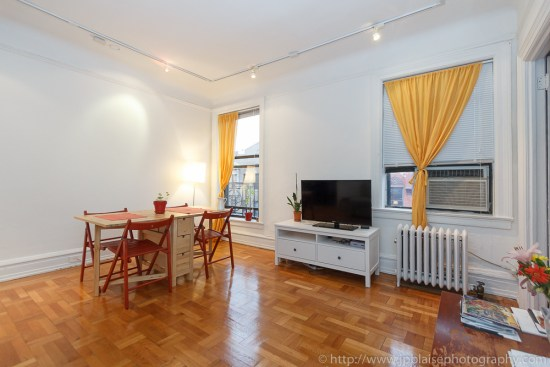 Interior photographer work: Living room of 2 bedroom apartment in Chelsea, New York City