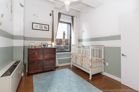 Apartment photographer work in new york city: picture of second bedroom in downtown brooklyn loft