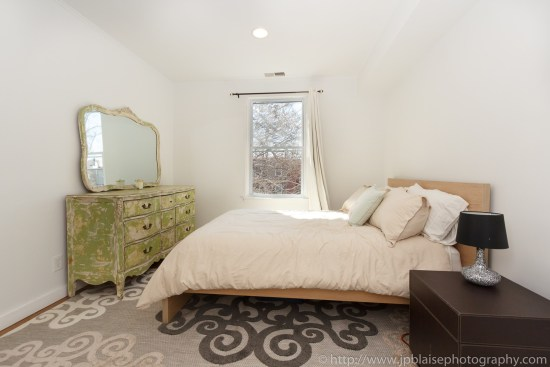 Brooklyn Real Estate photographer three bedroom apartment NYC New York bed 3