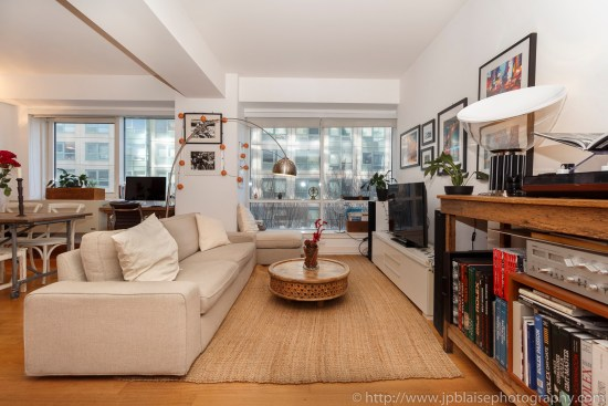 Brooklyn nyc apartment photographer interior real estate ny new york photography living room