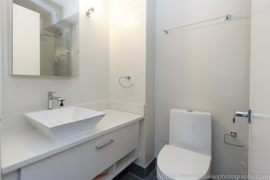 Interior photography picture of bathroom of Midtown east unit new york