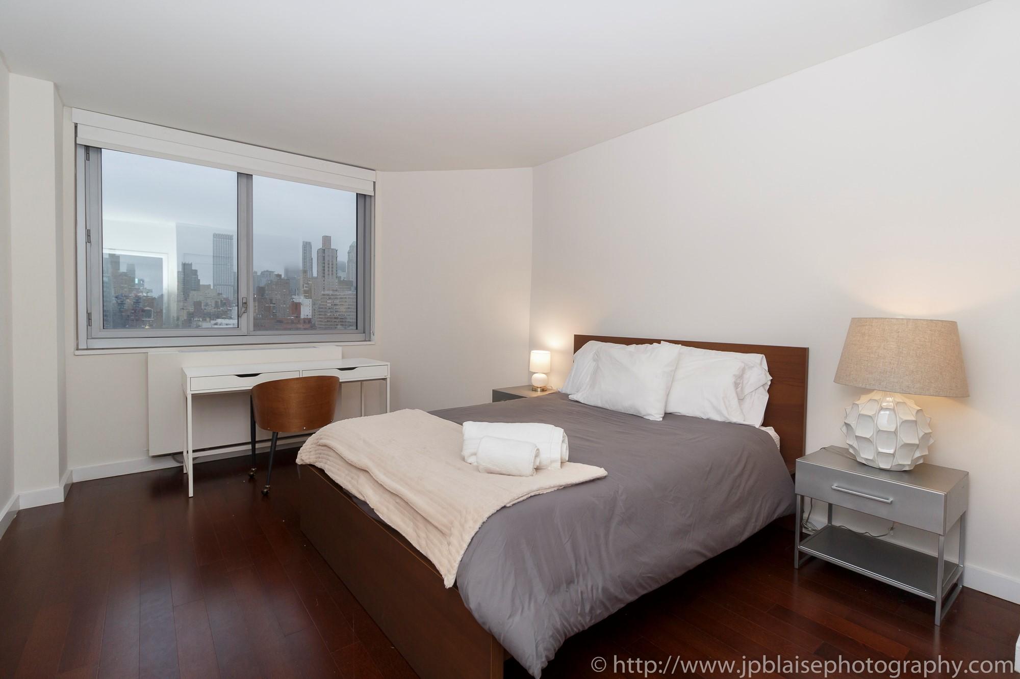 Astonishing Ny Apartment Photographer Work Modern 3 Bedroom 2 Download Free Architecture Designs Rallybritishbridgeorg