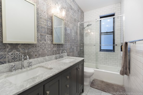 New York NY apartment photographer brooklyn interior real estate NYC bathroom