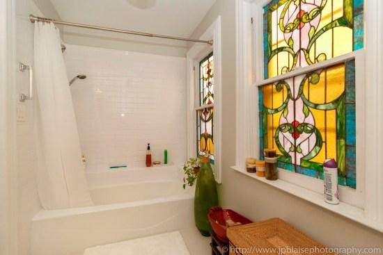 New york apartment photographer work House for sale Flatbush Brooklyn ny interior real estate photography bathroom