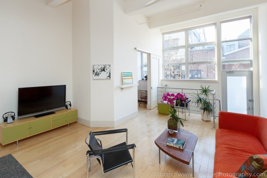 New York apartment photographer picture of living room of a Loft in Brooklyn