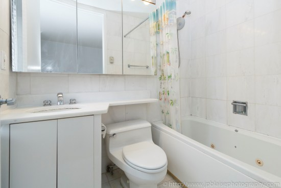 Real estate apartment photographer upper east side new york city one bedroom bathroom