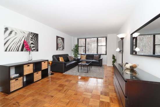 Real estate photographer apartment interior ny nyc new york city murray hill manhattan dining