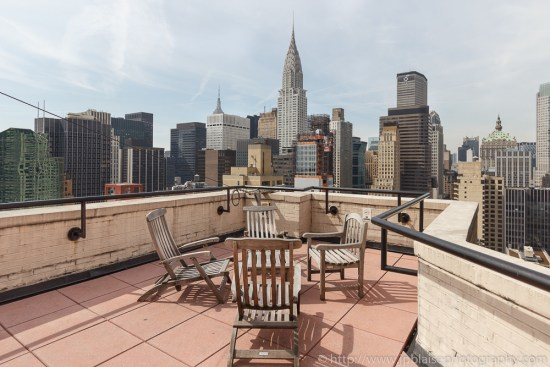 Stunning-view-from-midtown-east-terrace-apartment-photographer