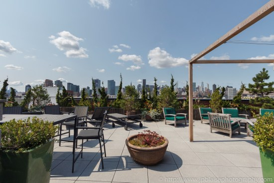apartment-photographer-ny-two-bedroom-long-island-city-queens-deck