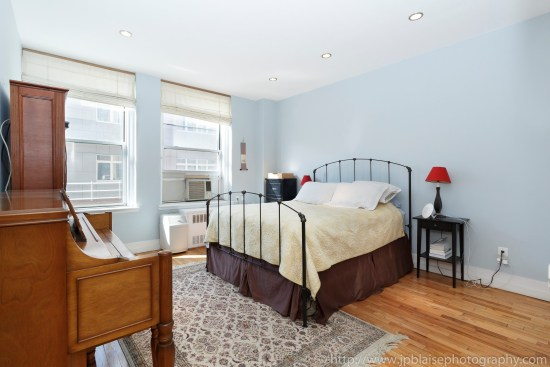ny apartment photographer 3 bedroom brooklyn heights new york real estate interior master bedroom