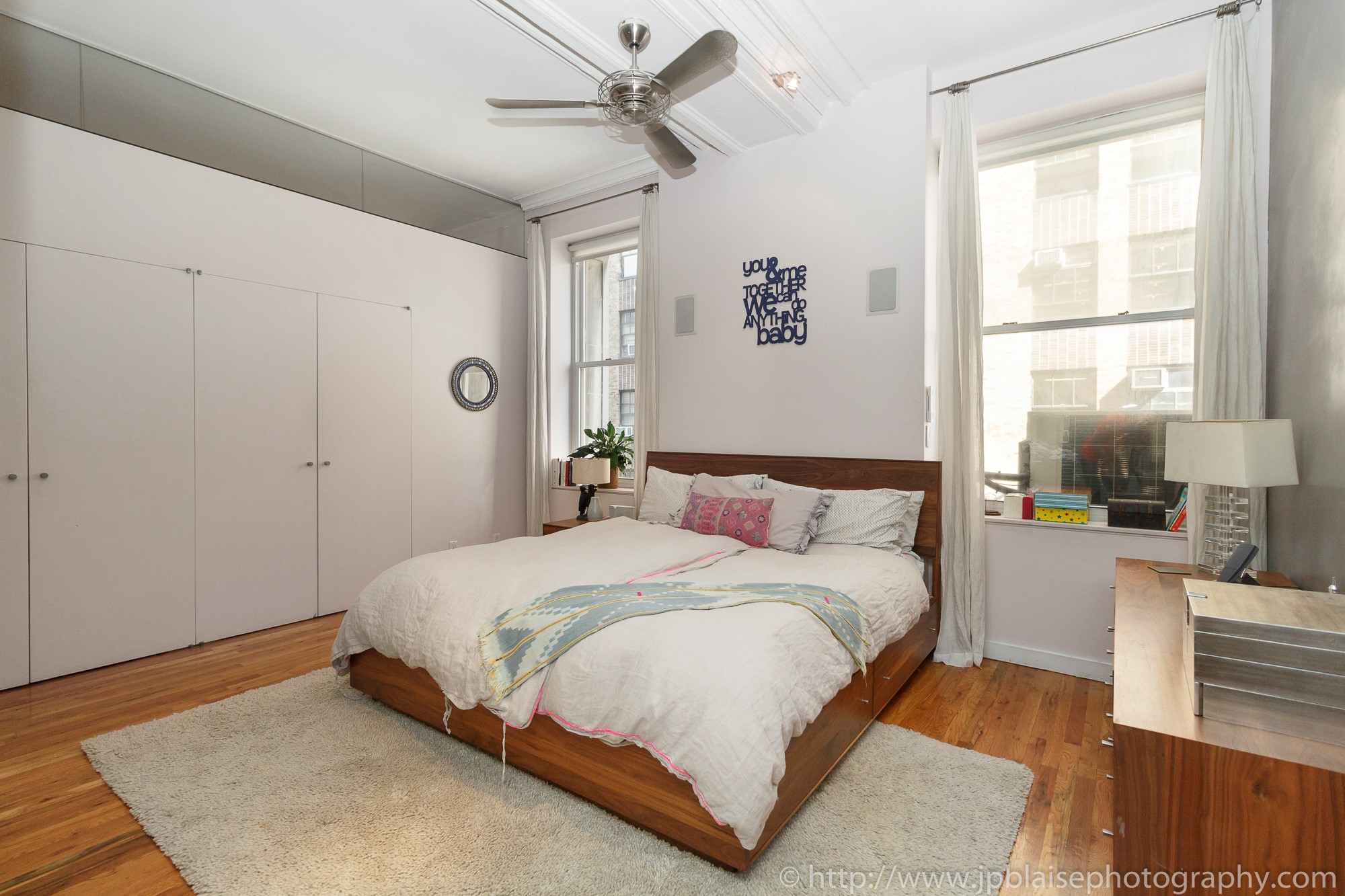 ny apartment photographer  one bedroom condo unit in