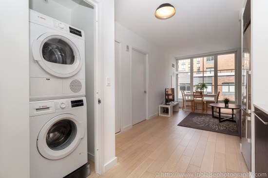 nyc real estate photographer apartment interior photo midtown manhattan washer