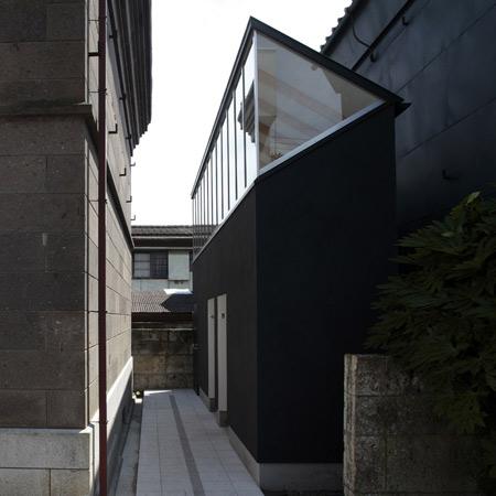 dzn_tokinokura-lavatories-shimodate-by-shuichiro-yoshida-architects-1.jpg