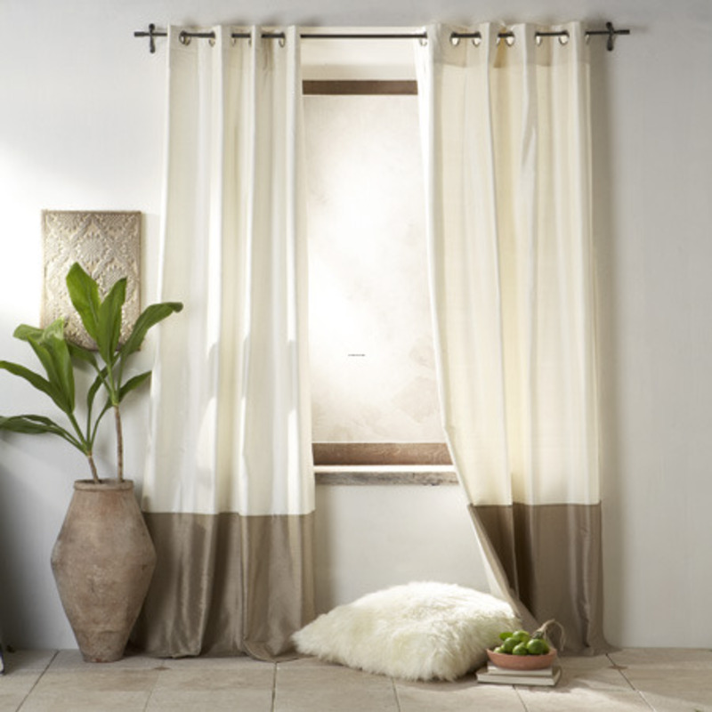 14 Cool Living Room Curtains Ideas You Should Try This ... on Living Room Curtains Ideas  id=29377
