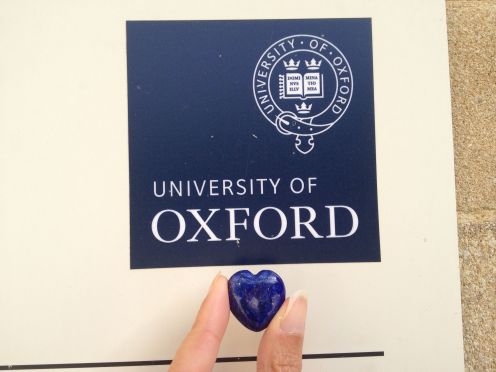 And would you believe what I found in my winter coat pocket (no jokes about my lack of dry-cleaning). A Christmas gift from last year - coincidentally an Oxford Blue heart stone. How apropos and lovely.