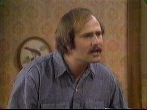 Rob_reiner_as_mike_stivic_blue_shirt