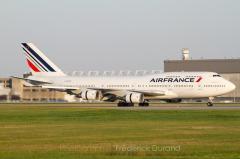 747400