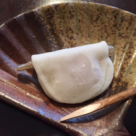 裏千家茶道 初釜の和菓子といえば、花びら餅!由来や歴史は宮中にあり。