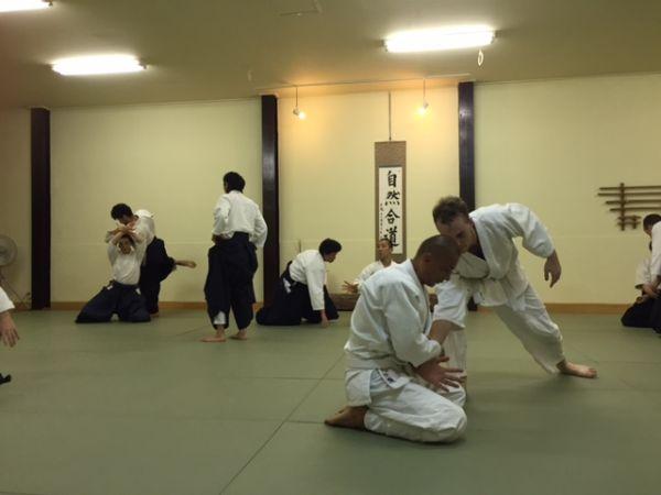 京都・西陣 外国人も多数通う!合気道教室 ~武道と茶道~