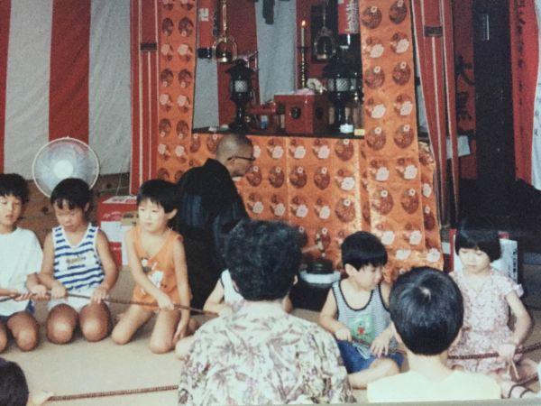 京都の夏休み 子どもたちの地蔵盆