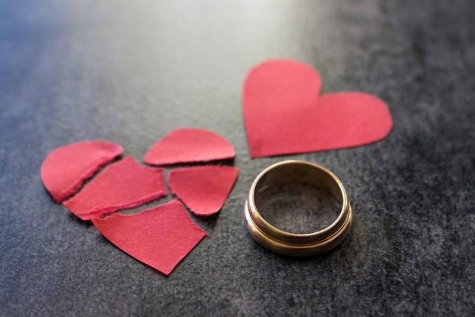 Broken heart and ring