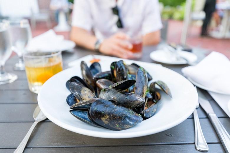 onebellvue hotel viking jqlouise mussels