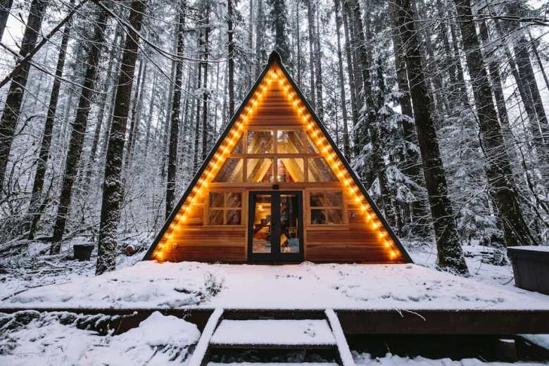 Find the Perfect Cozy Cabin on Airbnb - J.Q. Louise