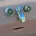 091209-pareidolia-faucet