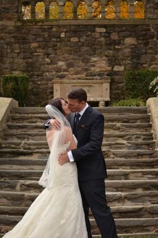 The Kiss! Holly and Steve's Wedding