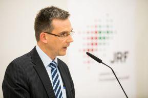 Prof. Dr. Dieter Bathen, Johannes-Rau-Forschungsgemeinschaft