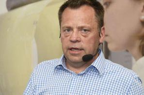 Reinhold Schröder, SWO Netz GMBH Osnabrück: Gefährdungen erkennen, Maßnahmen ergreifen, Arbeitssicherheit verbessern