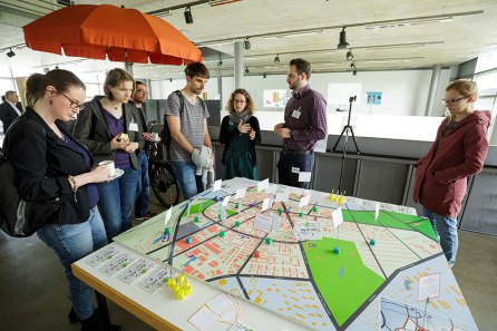 """Der """"Zukunftsraum für Nachhaltigkeit und Wissenschaft"""" ist das Projektbüro in der Karlsruher Oststadt und inzwischen die Nachhaltigkeitsadresse in Karlsruhe. Quelle: Quartier Zukunft/KIT"""