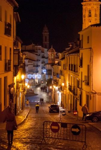 Antequera bei Nacht