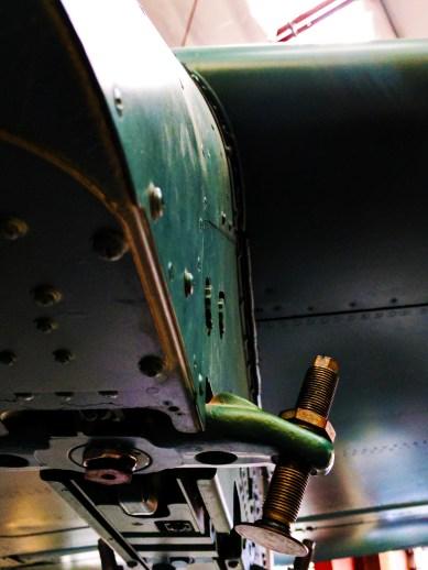 airplane-screw