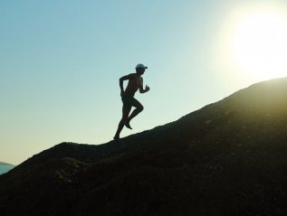 """3 Science-Backed Ways To Bounce Back From Setbacks,"" Inc.com/The Hartford"