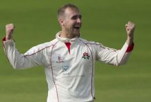Livingstone steers Lancs in direction of 2d region