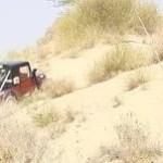 रेत के धोरों पर दौड़ी जीपें, किसी को पटखनी तो किसी को पछाड़ा