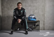 """Mercedes has no map to """"flirt"""" with other drivers but"""