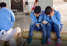 How Factory Workers Flip the Tables on China's Sizable Online Lenders