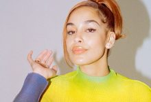 """Jorja Smith Shares Video for Fresh Song """"Addicted"""": Undercover agent"""