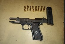 News24.com | Police confiscate guns and ammunition in Cape Town