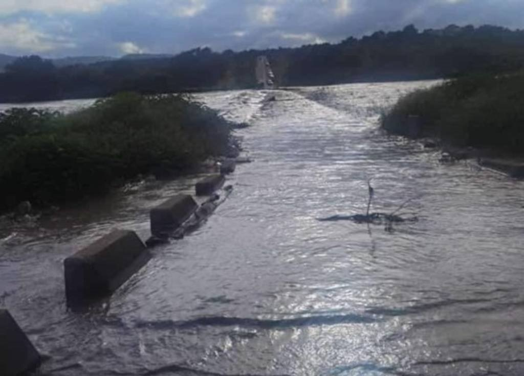 News24.com   Search continues for two Free State schoolboys presumed drowned