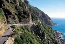 News24.com | Woman seriously injured as car plunges off Chapman's Peak