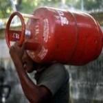 पेट्रोल-डीजल के बाद गैस भी महंगी:सरकार ने एलपीजी सिलेंडर के दाम 50 रुपए बढ़ाए, फरवरी में दूसरी कीमतों में इजाफा