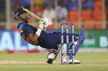हार्दिक पंड्या ने बेन स्टोक्स की गेंद पर जड़ा ऐसा चौका; आईसीसी भी हुआ हैरान, किया यह कमेंट