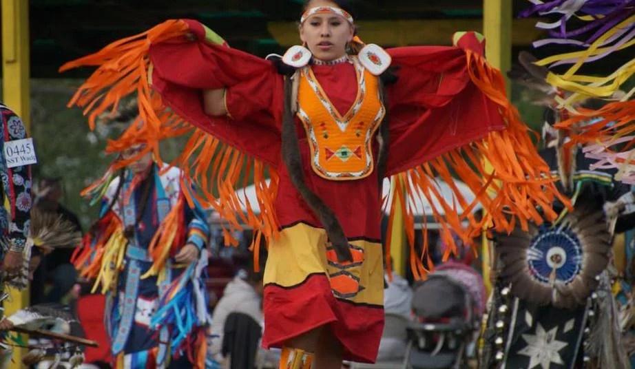 Sioux जनजाति दक्षिण डकोटा में पहला कानूनी मारिजुआना व्यवसाय खोल रही है