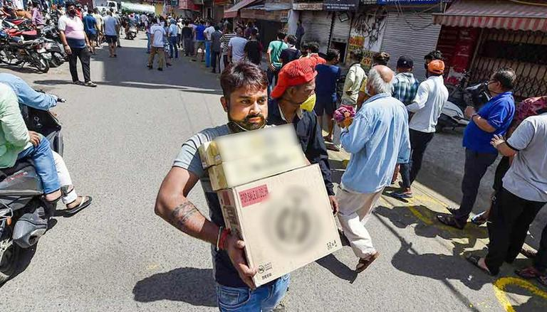 Guwahati: Liquor to be sold online for 1 month on experimental basis amid COVID concerns