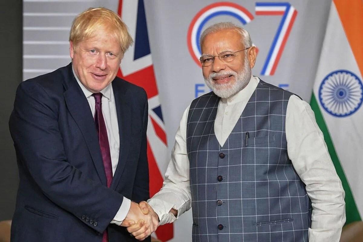 ब्रिटेन से स्निपेट्स: बोरिस ने लेबर के 'भारत-विरोधी विज्ञापन' का उपयोग करके फुटबॉल जातिवाद पर गोलपोस्ट को स्थानांतरित किया